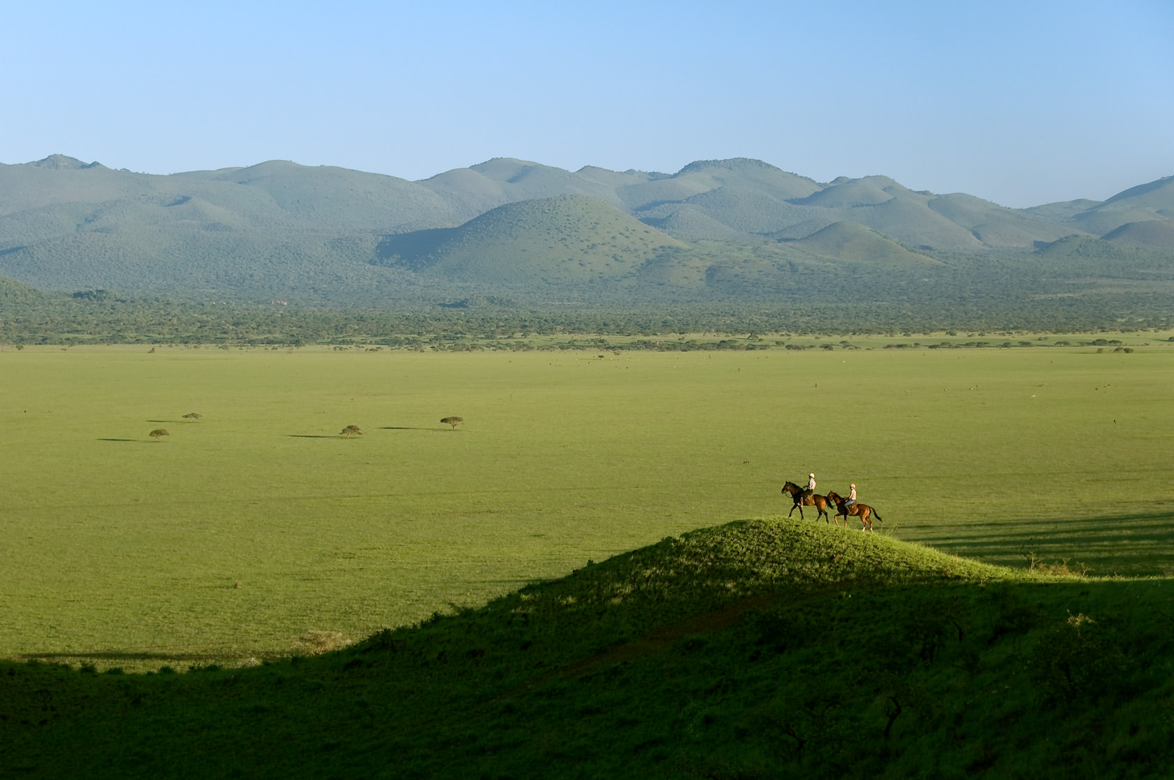 ol donyo lodge in kenya - the riding