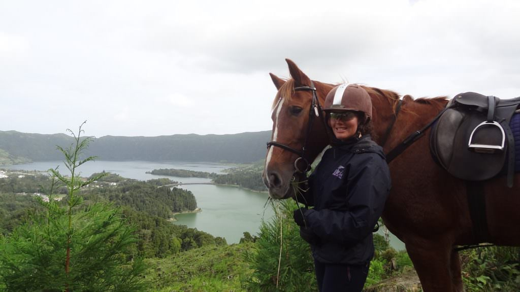 horse riding Twin Lakes at Sete Cidades