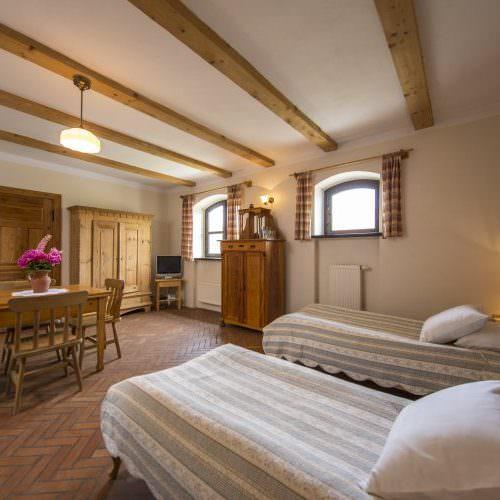 Galiny - Grange twin room
