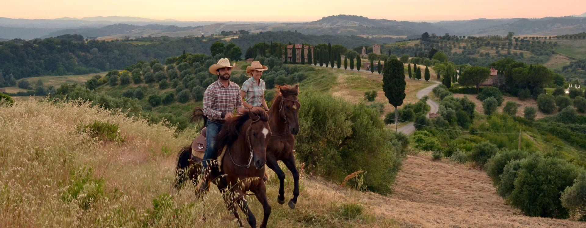 Exploring Tuscany on horseback