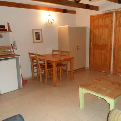 Israel Kibbutz Dalia room