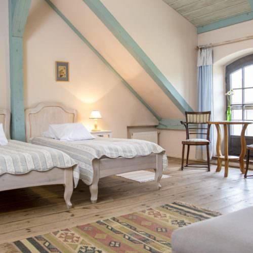 Galiny Palace twin room