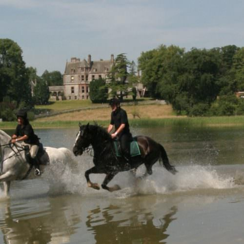 Castle Leslie Riding Holiday in Ierland
