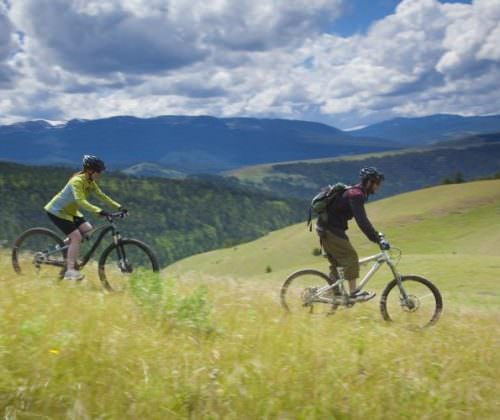 Mountain bikes are available at the ranch.