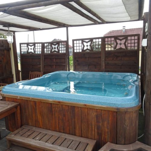 Hot tub on riding holidays