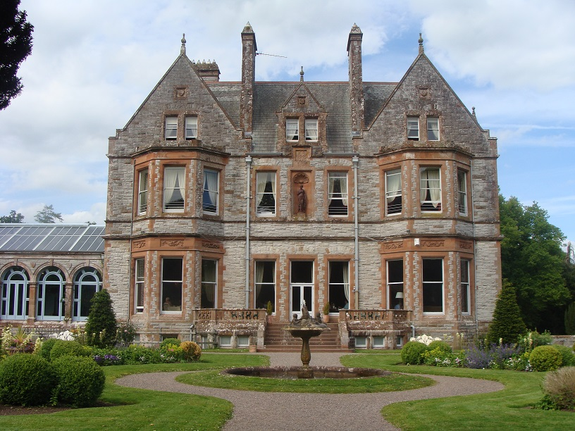 Ireland, Castle Leslie