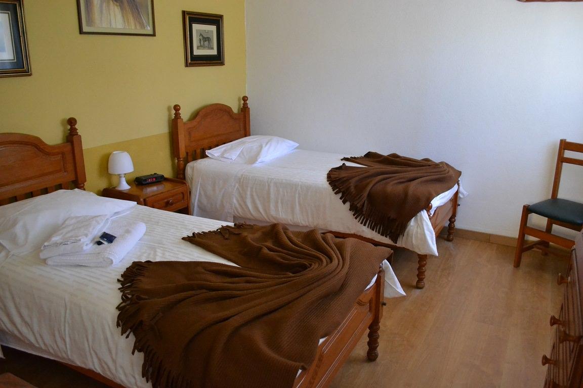 Poertgal, horse riding, bedroom, alcainca