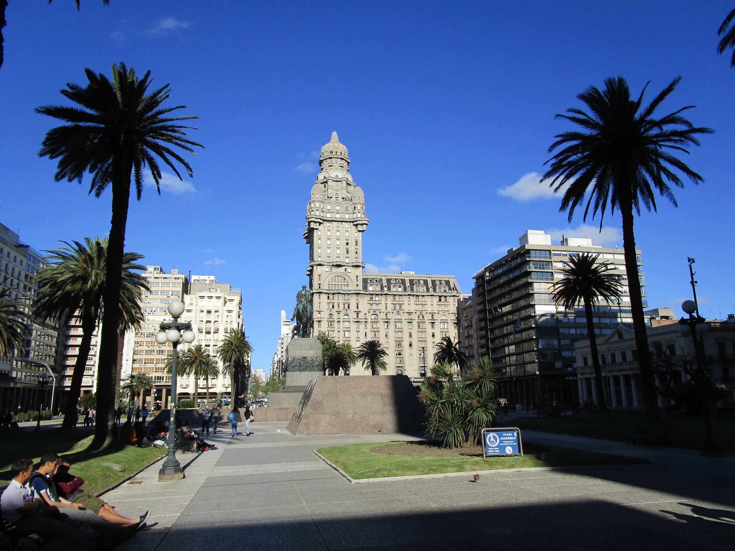 Tour of Montevideo