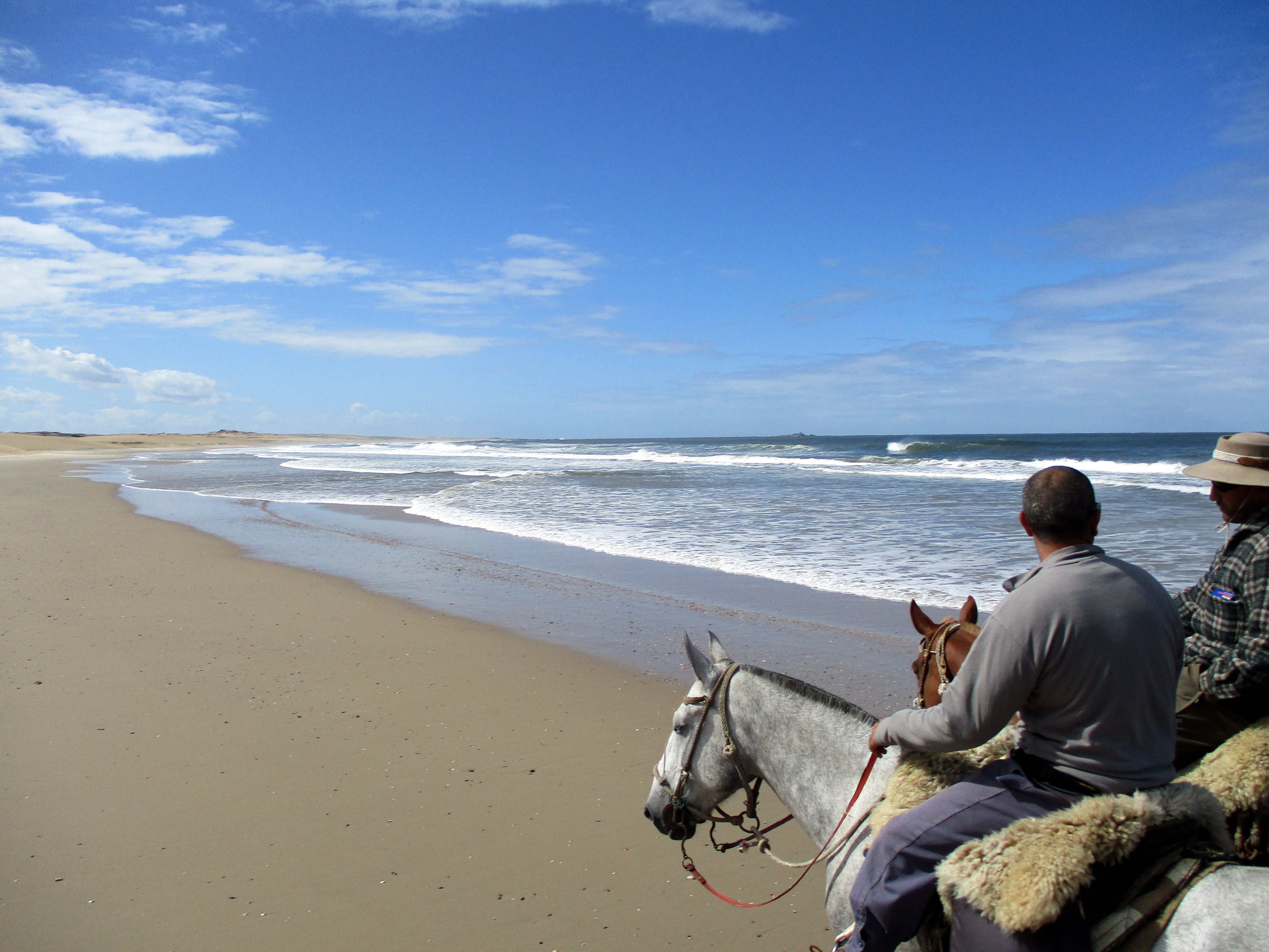 Painted Birds Trail, A sense of quiet in Uruguay, In The Saddle
